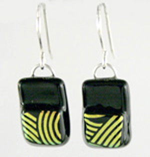 DCE-66 gold black stepped dichroic earrings