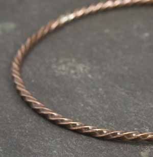 GRACIE MAE TWISTED WIRE BANGLE