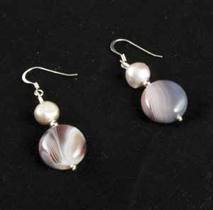 FRESHWATER PEARL AND AGATE EARRINGS