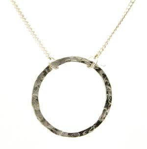 Silver round washer type hammered effect pendant